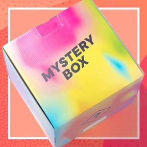 🖤 20 Pc. Baby Girl Mystery Boxes